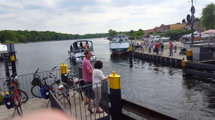 Ruchomy most na jeziorze Malchower see.