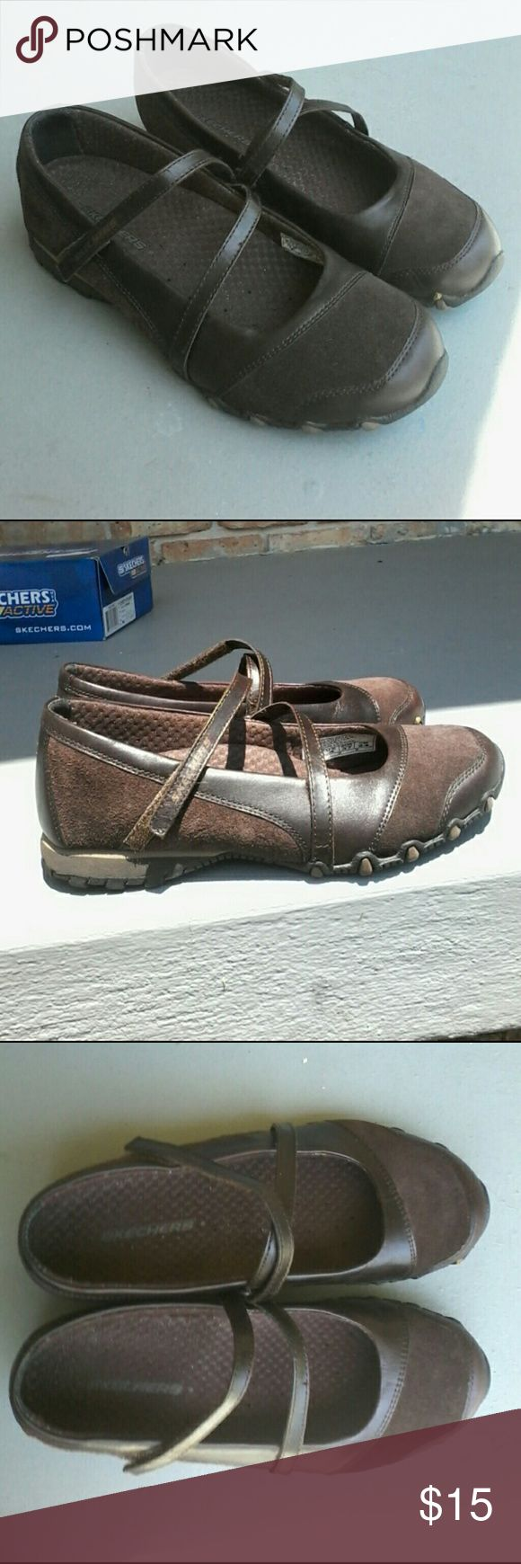 Skechers bikers Step Up shoe Can ultra clean pair of Skechers Biker Step Up toffee color leather shoe.  Extremely comfortable and practical. Skechers Shoes Flats & Loafers