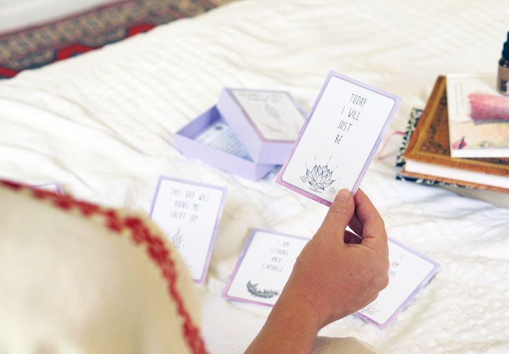 Affirmation cards to bring positivity and peace to your journey. #birthaffirmations #pregnancyaffirmations #birthquotes #pregnancyquotes #doula #midwife