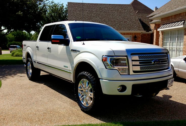 2014 Ford F150 Platinum with leveling kit. Hello dream truck