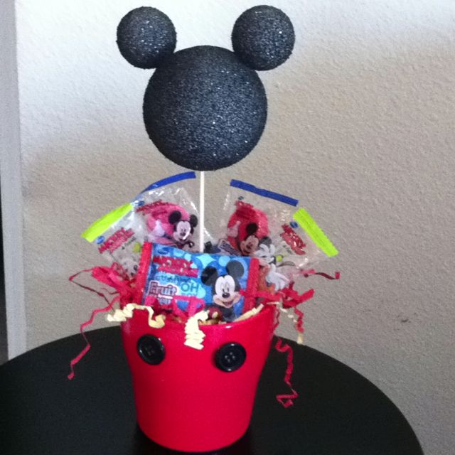 Mickey mouse with candy centerpiece: Ideas, Birthday, Candy Centerpieces, Mouse, Mickey Crafts, Foam Crafting, Dessert S Cakes Pies, 1St
