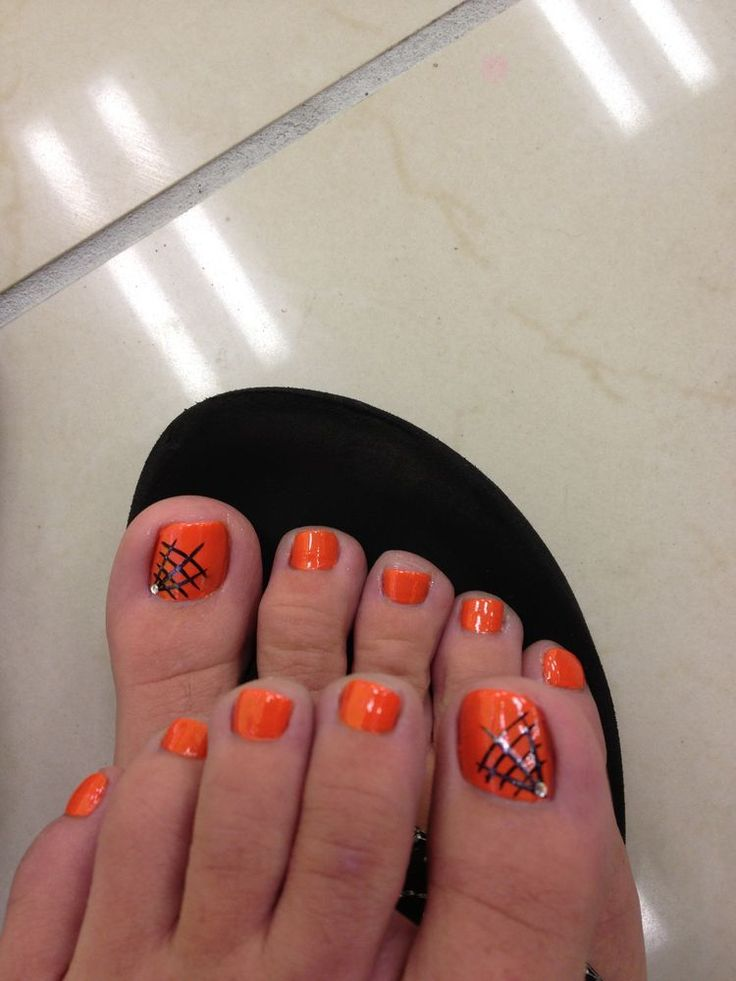 32 best Halloween Toe Nail Art images on Pinterest ...