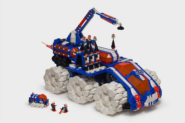 Dominating the ice planet | The Brothers Brick | LEGO Blog