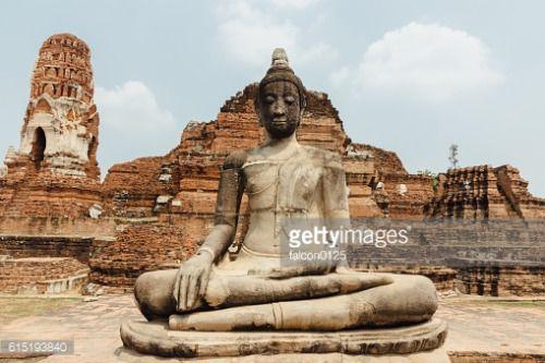 Statue in Wat Phra Si Sanphet, Ayutthaya #celjesi... #celjesi: Statue in Wat Phra Si Sanphet, Ayutthaya #celjesi… #celjesi