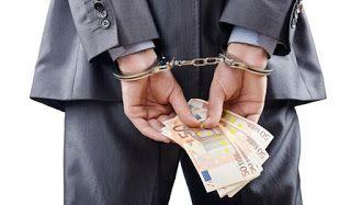 ΚΟΝΤΑ ΣΑΣ: Η εφορία βάζει... χειροπέδες για χρέη σε 1,5 εκατ....