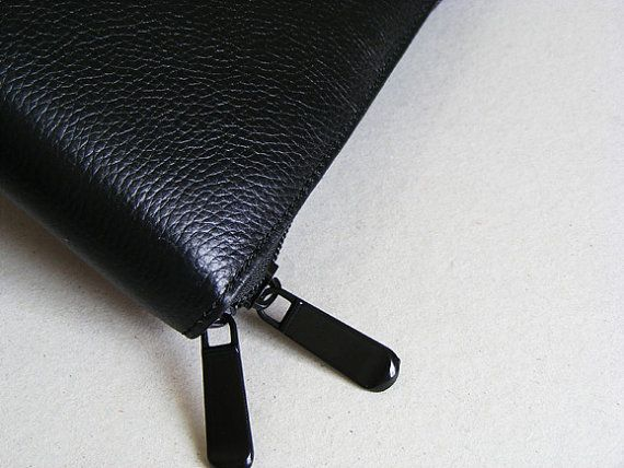 Simplism iPad Carrying Case Full Grain Leather by leathercase