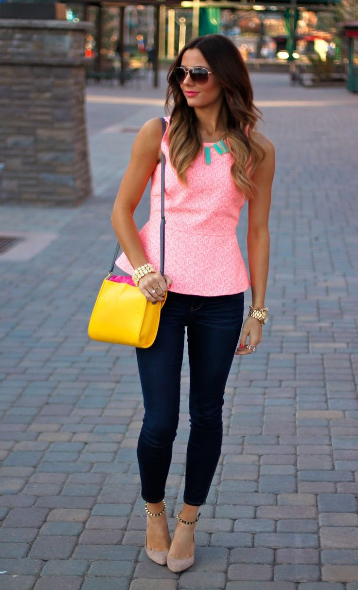 Peplum and skinnies...totalllly in love with this look!
