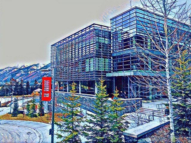 I never miss an opportunity to spend time at one of my favourite places on the planet; the Banff Centre for Arts and Creativity.  Thank you @ileacalgary for organizing an awesome night. #myilea #eventprofs #ileatalks #explorealberta #mybanff #banfflife by dustinwestling.  myilea #mybanff #explorealberta #eventprofs #banfflife #ileatalks