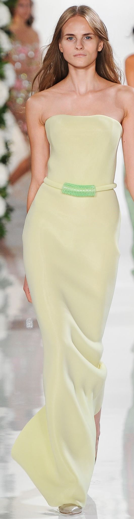 Valentin Yudashkin Collection Spring 2015……THE COLOR LOOKS LIKE LEMON-LIME SHERBERT…….SO PLEASING TO THE EYE……..ccp