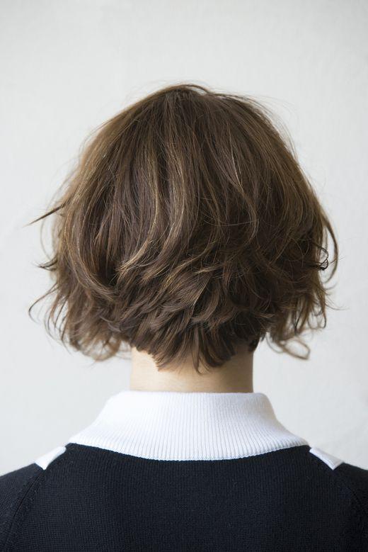 レトロガールヘア 最旬モードなショートボブスタイル。
