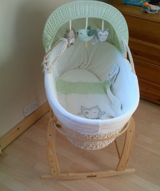 Babies R Us Olive And Henri Moses Basket With Rocking Stand For Sale