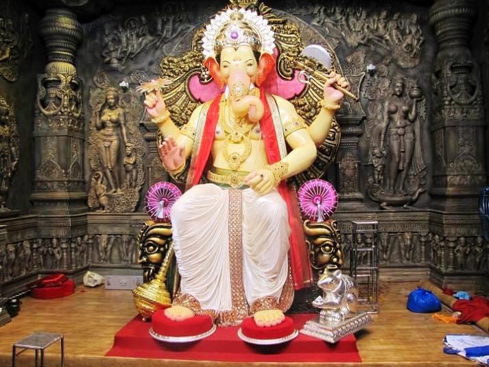 360 Best Ganesha Images On Pinterest: 25+ Best Ideas About Ganesh Chaturthi Photos On Pinterest