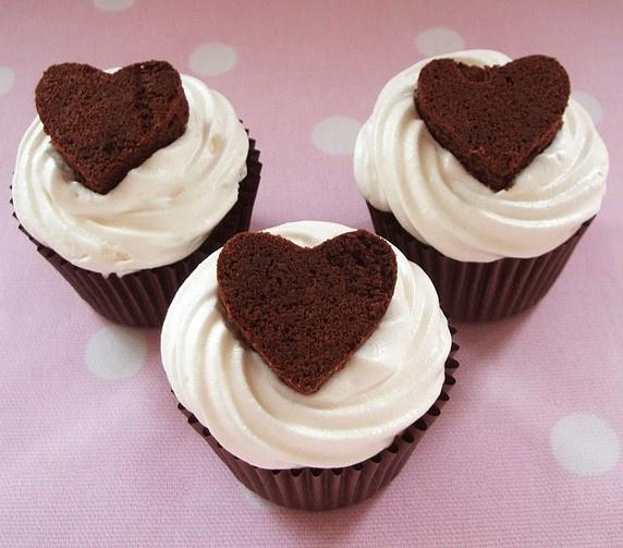 Valentijn Brownie Cupcake, omdat het moet doen we mee. ;-)