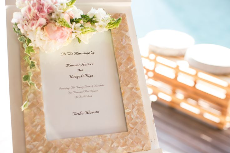 Welcome Board with Miniature Bouquet
