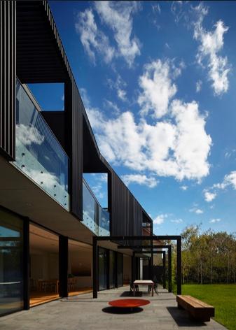 Shrouded House - Toorak, Melbourne