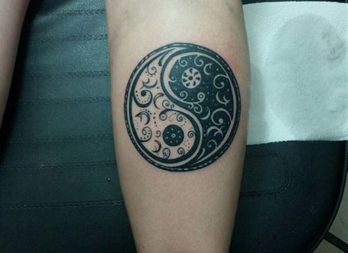 Top Yin Yang Tattoo Designs (11)