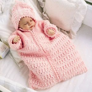 Baby Bunting Bag Knitting Pattern : 17 Best images about BABY BUNTING ETC on Pinterest Crochet patterns, Sleep ...