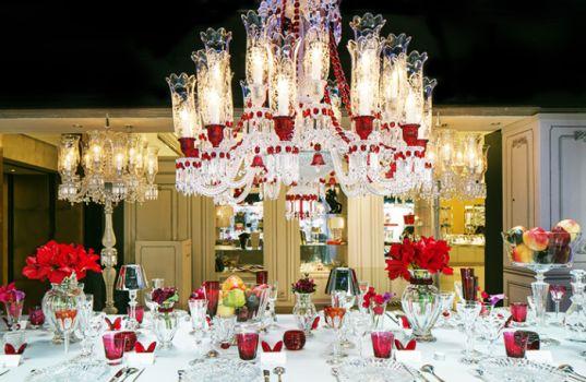 Baccarat fête ses 250 ans. L'exposition aura lieu au 11 place des États-Unis jusqu'en 2015. http://journalduluxe.fr/baccarat-250-ans/