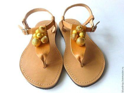 Обувь ручной работы. Ярмарка Мастеров - ручная работа. Купить Кожаные сандалии «Золотые шары ». Handmade. Сандалии, золотой