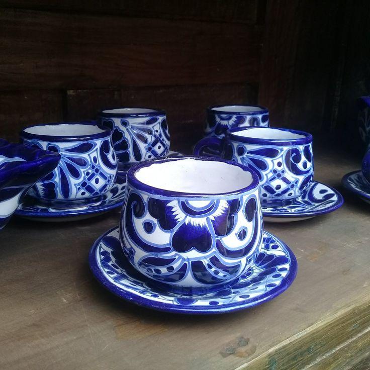 Set de 6 tazas y sus platos. Es original Talavera Mexicana. Ven a visitarnos! - #Diseño #Decoracion #Tienda #VAjillas #Mexico #Tenjo #Colombia
