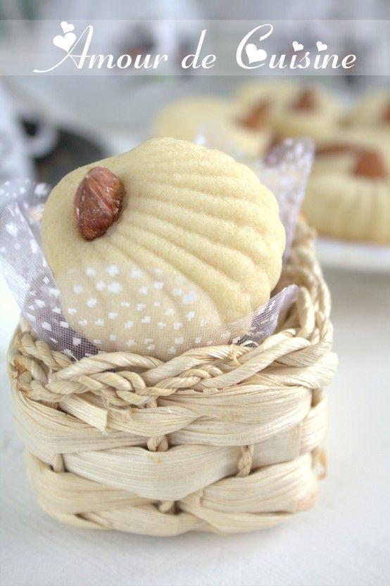 ghriba aux amandes / gateau sec aux amandes facile - Amour de cuisine