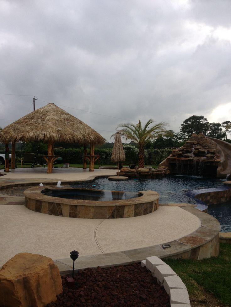 Inground swimming pool/Flagstone raised spa