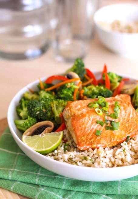 Salmon and Ginger Teriyaki Stir Fry - Gluten free, high in protein and omega 3 healthy fats, and super easy to make!