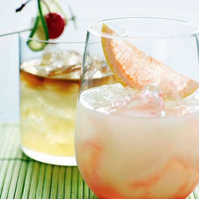 Grapefruit juice and tequila cocktail