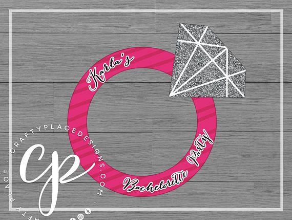 Bridal Shower / Bachelorette / Engagement ring photo booth cutout frame prop ··· Marco gigante de fotos de anillo de compromiso para despedida de soltera ··· www.craftyplacedesigns.com