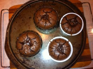 Dessert style Volcano St-Hubert. Mon dessert préféré et si facile à faire en plus!