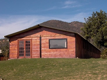 24 X 24 Gable Barn Shown With 3 12 Roof Pitch 8 Eaves Green Frame Cambridge Ultra Cool Metal Roofing T Filler Horse Barns Barn Small House