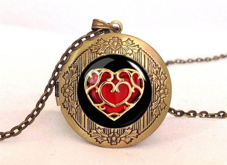 Zelda heart  Locket, 0333LPB from EgginEgg by DaWanda.com
