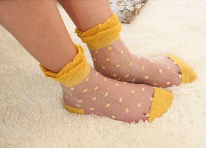 http://i01.i.aliimg.com/wsphoto/v0/594348387/2012-New-Dot-Pattern-Lace-Women-s-Mesh-Socks-Vintage-Transparent-Slik-Socks-24-Pair-Lot.jpg