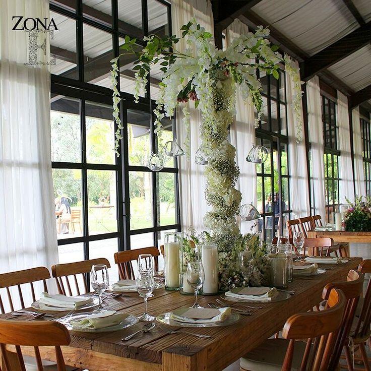 #CasaBali te invita a soñar con tu boda, tu evento, con todos esos momentos para atesorar por siempre en tu corazón.    Contáctanos al 3106158616 / 3206750352 / 3106159806 y reserva desde ya, atendemos todos los días de la semana y fines de semana incluido festivos. www.zonae.com   #ZonaE #ElEstablo #ZonaELlangrande #bodasmedellin  #Eventos #GreenHouse #BodasAlAireLibre #weddingplaner #BodasCampestres #bodas #boda #wedding #destinationwedding #bodascolombia #tuboda #Love #Bride