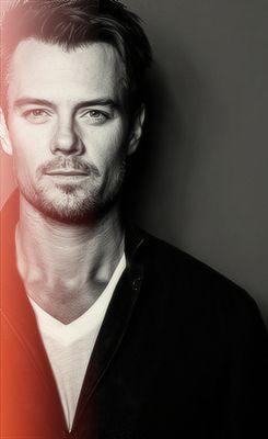 Josh Duhamel- so hard to hate for marrying fergie when he is this gorgeous.