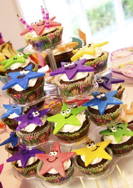 Dora Party Cupcakes~ estrellas
