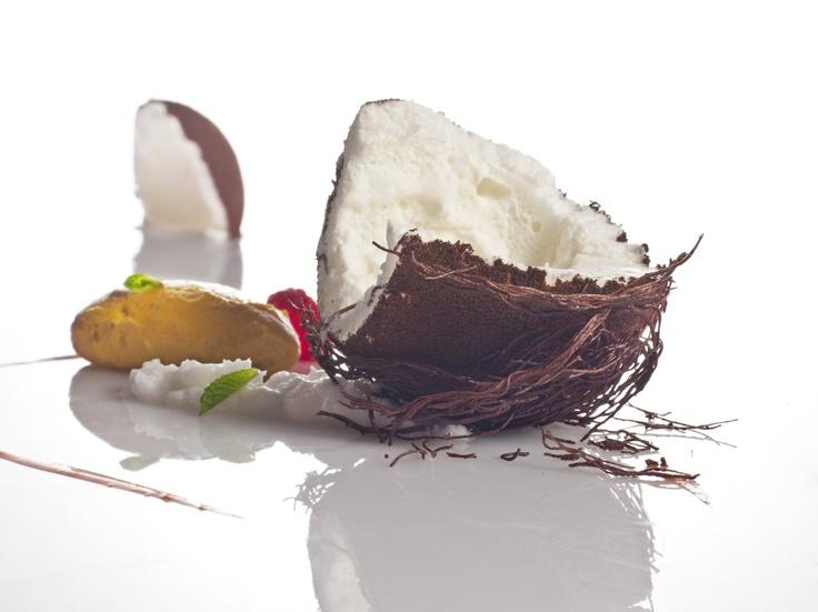 Falso coco con cremoso de mango