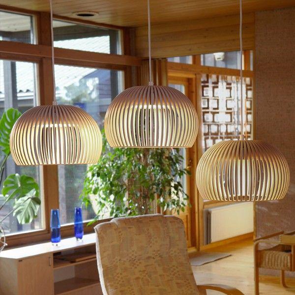 Secto Atto 5000 er en vakker pendellampe fra finske Secto Design, tegnet av arkitekten Seppo Koho.