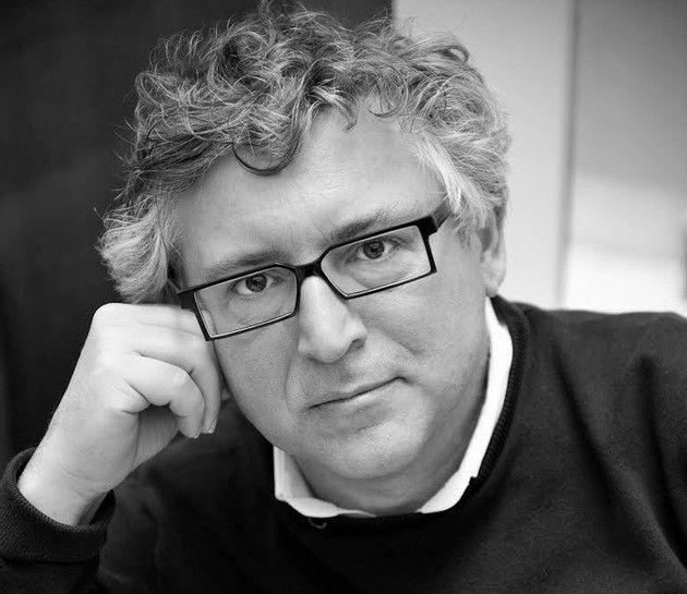 Nouvelle rentrée pour l'Université populaire de Caen, le lundi 3 novembre 2014, à 18h, au CDN d'Hérouville-Sainte-Claire  Michel Onfray   Dans une tribune publiée dans le quotidien Ouest-France, le philosophe Michel Onfray fait part de son opinion sur la réunification de la Basse et de la Haute-Normandie.