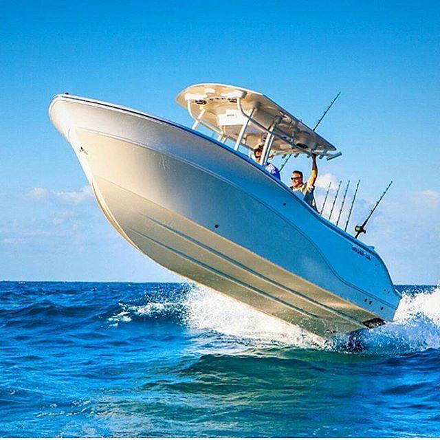 Airborne Sea Fox center console fishing boat