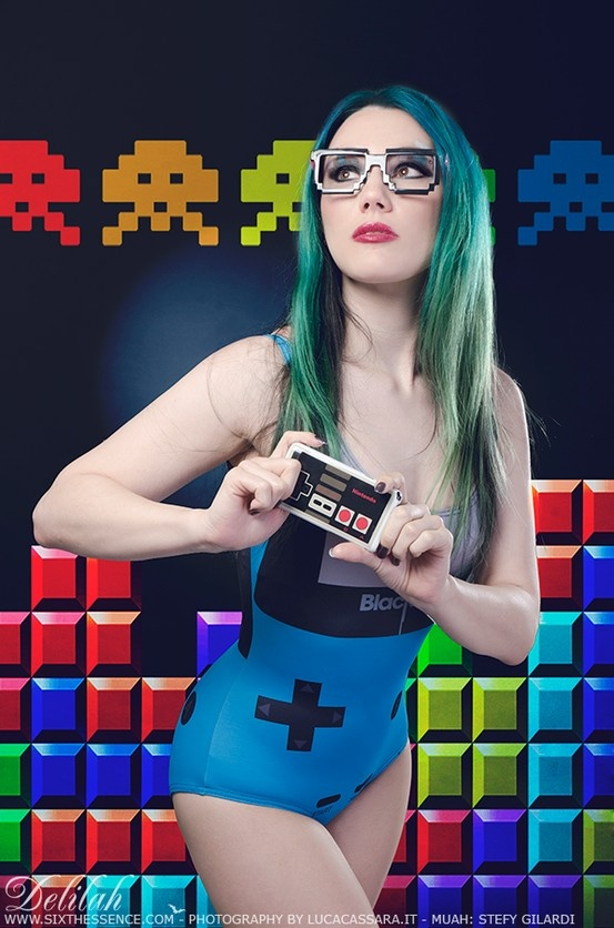 Sexy girl gamers — 6