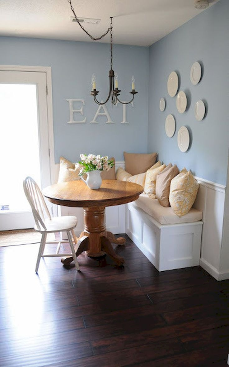 Adorable 55 Cute Small Dining Room Furniture Ideas https://homeastern.com/2017/06/23/55-cute-small-dining-room-furniture-ideas/