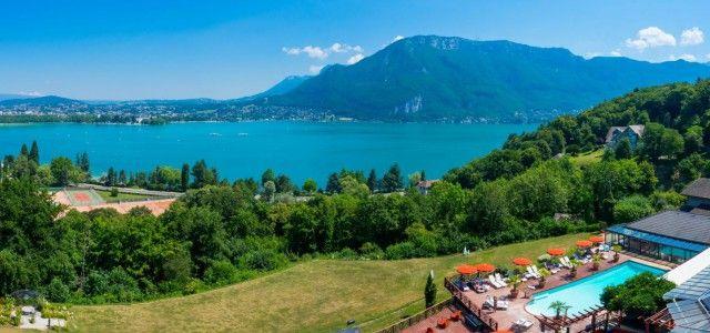 Hôtel de charme avec vue sur le Lac d'Annecy - Hôtel Les Trésoms restaurant et spa