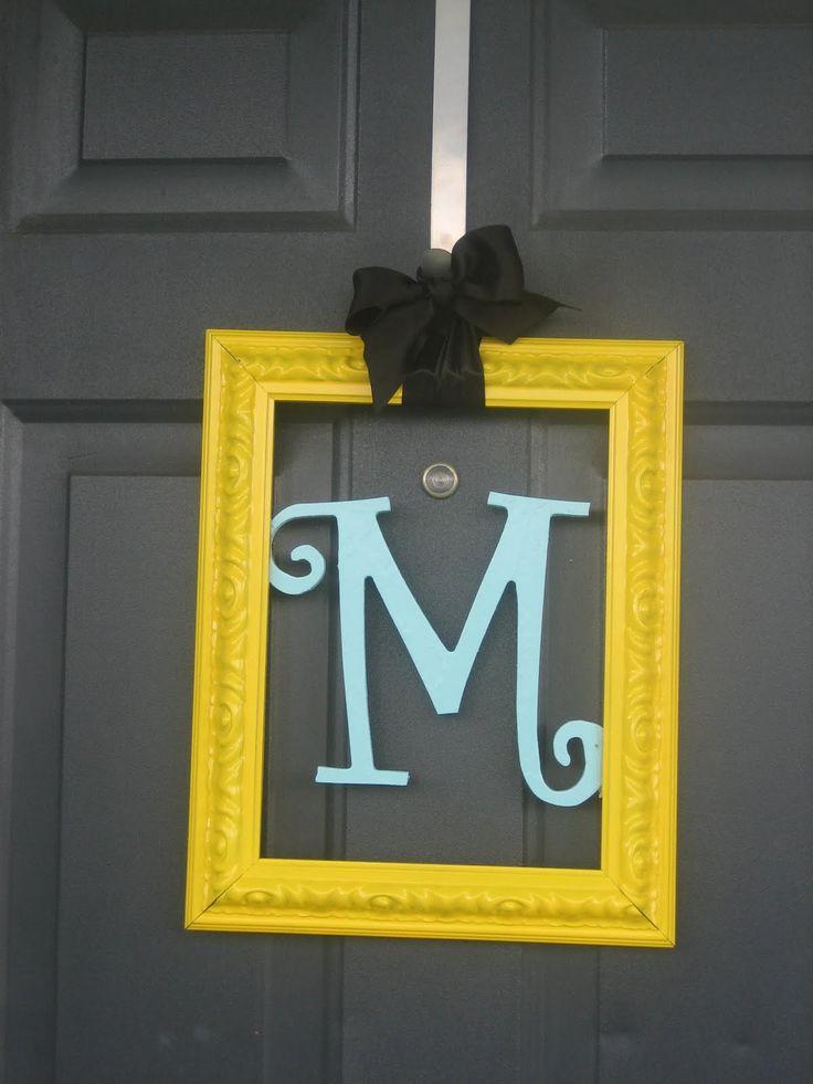 .: The Doors, Front Doors Decor, Doors Hangers, Cute Ideas, Doors Hanging, Doors Frames, A Frames, Monograms, Wreaths
