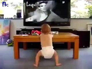 Videos Chistosos - Bebe Bailando http://videoswatsapp.com