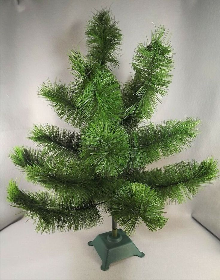 Christmas Bottle Brush Tree Green Table Top Display 24 Inches Tall Plastic Base Unb In 2020 Bottle Brush Trees Bottle Brush Christmas Trees Christmas Tree Light Bulbs