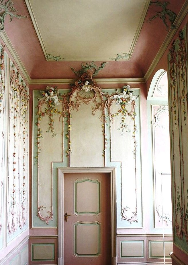 The Pink cabinet at the Engers Palace, a late baroque hunting and summer palace, designed by Johannes Seiz, on the Rhine in Neuwied district in Rhineland-Palatinate. In the Pink Cabinet the unusual stucco is by Michael Eytel.