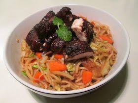 En verden af smag!: Sticky Chicken med Kinesiske Nudler