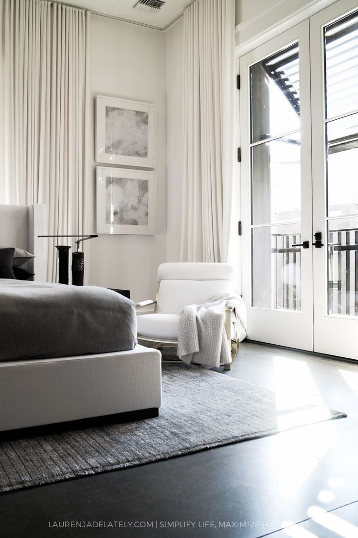 The 25 Best Modern White Bedrooms Ideas On Pinterest Grey Bedrooms Grey Bedroom Decor And