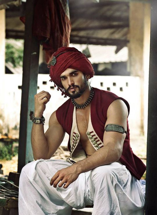I want a hot bearded Indian boyfriend who dresses in Indian attire, such as this, all the time!!!! I wouldn't be able to keep my hands (and lips) off him for even a moment!!!